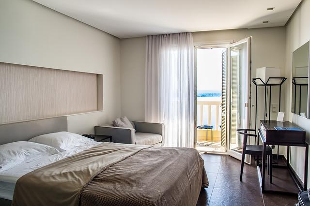 hotelový pokoj s terasou