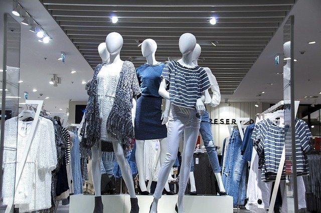 oblečení na manekýnách